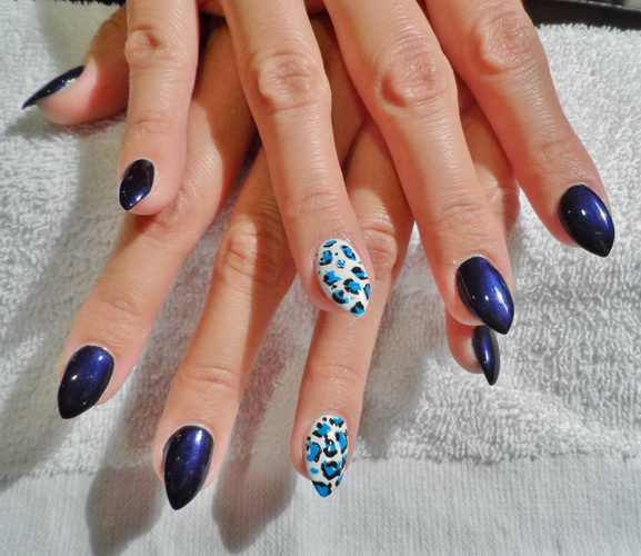 animal print Acrylic nails