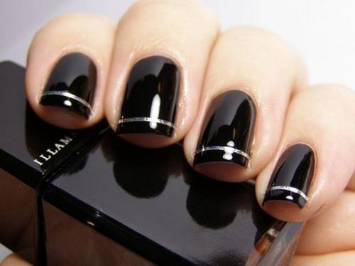 black nails Easy nail designs