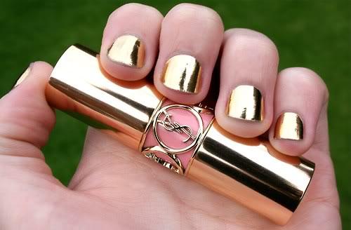 gold nails Easy nail designs