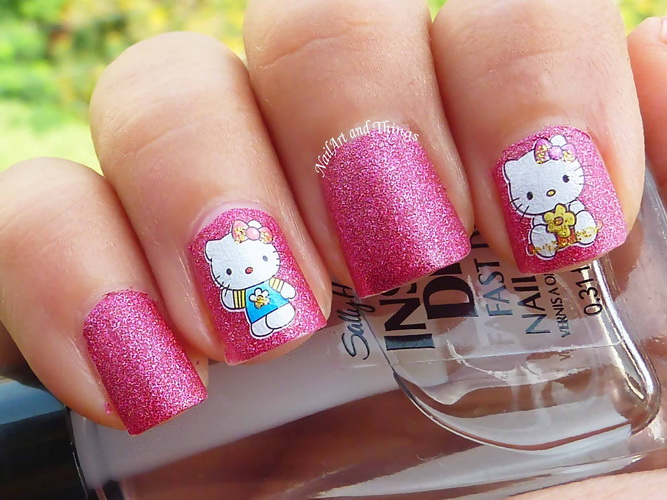 hello kitty short nails art