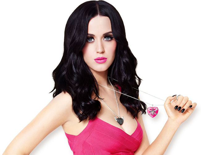 katy-perry makeup green eyes