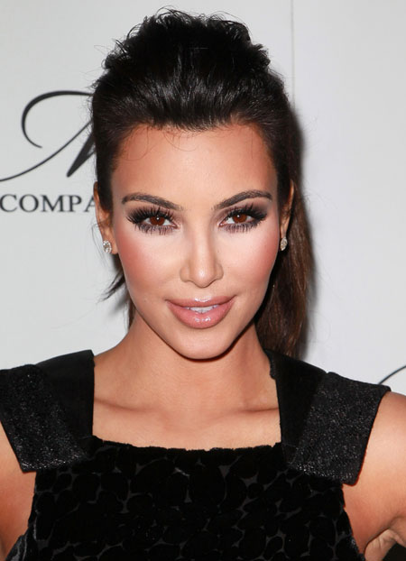 kim kardashian foundation makeup Kim Kardashian makeup   tips and tricks