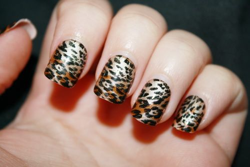 tiger short nail design
