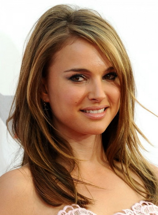 medium hairstyles for round faces Cute medium hairstyles