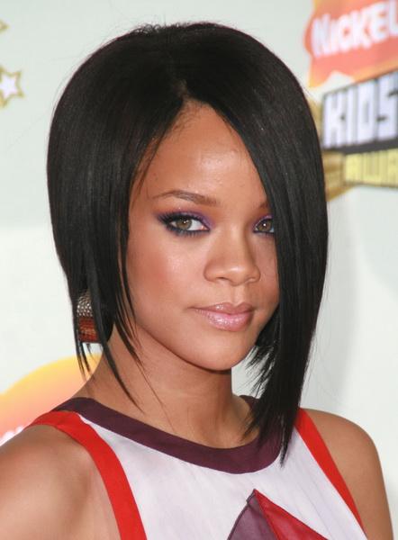 Rihanna-bob-hairstyles
