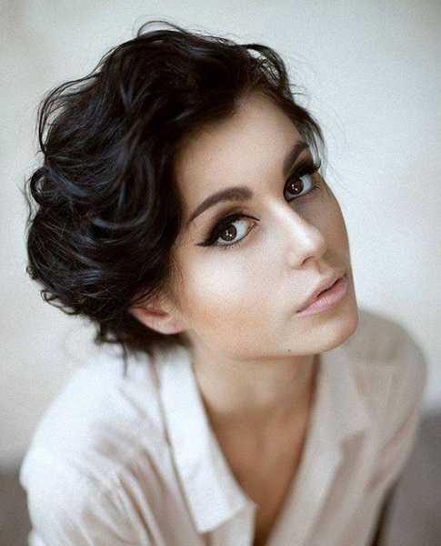 short curly haircuts Short curly hairstyles for naturally curly hair