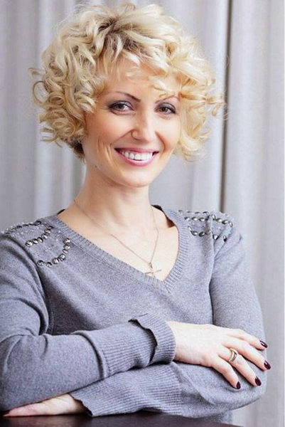 very short curly hairstyles Short curly hairstyles for naturally curly hair