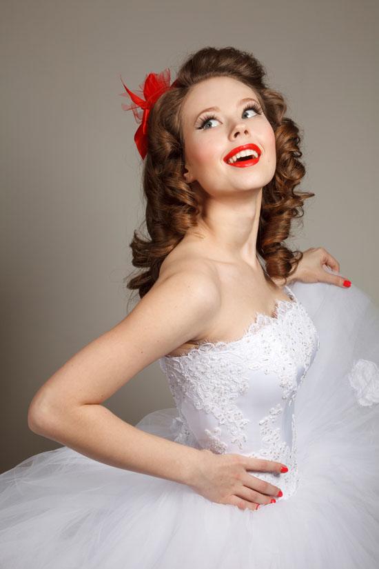wedding hair and makeup Bridal makeup tips and looks