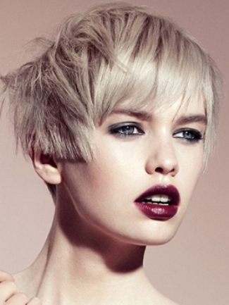 Asymmetrical short hairstyle 2015 Short Hairstyles for women 2015