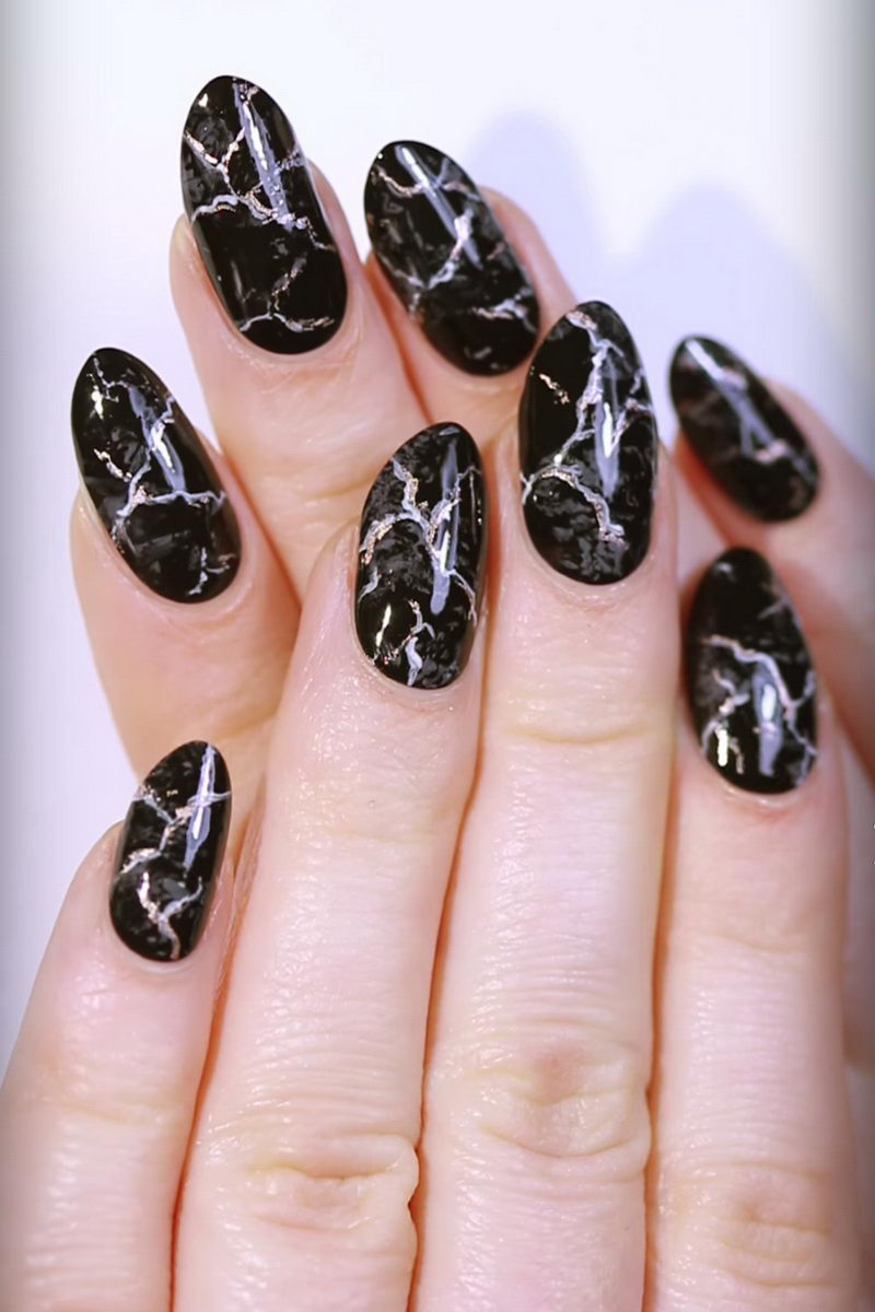 Black & White Water Marble nails