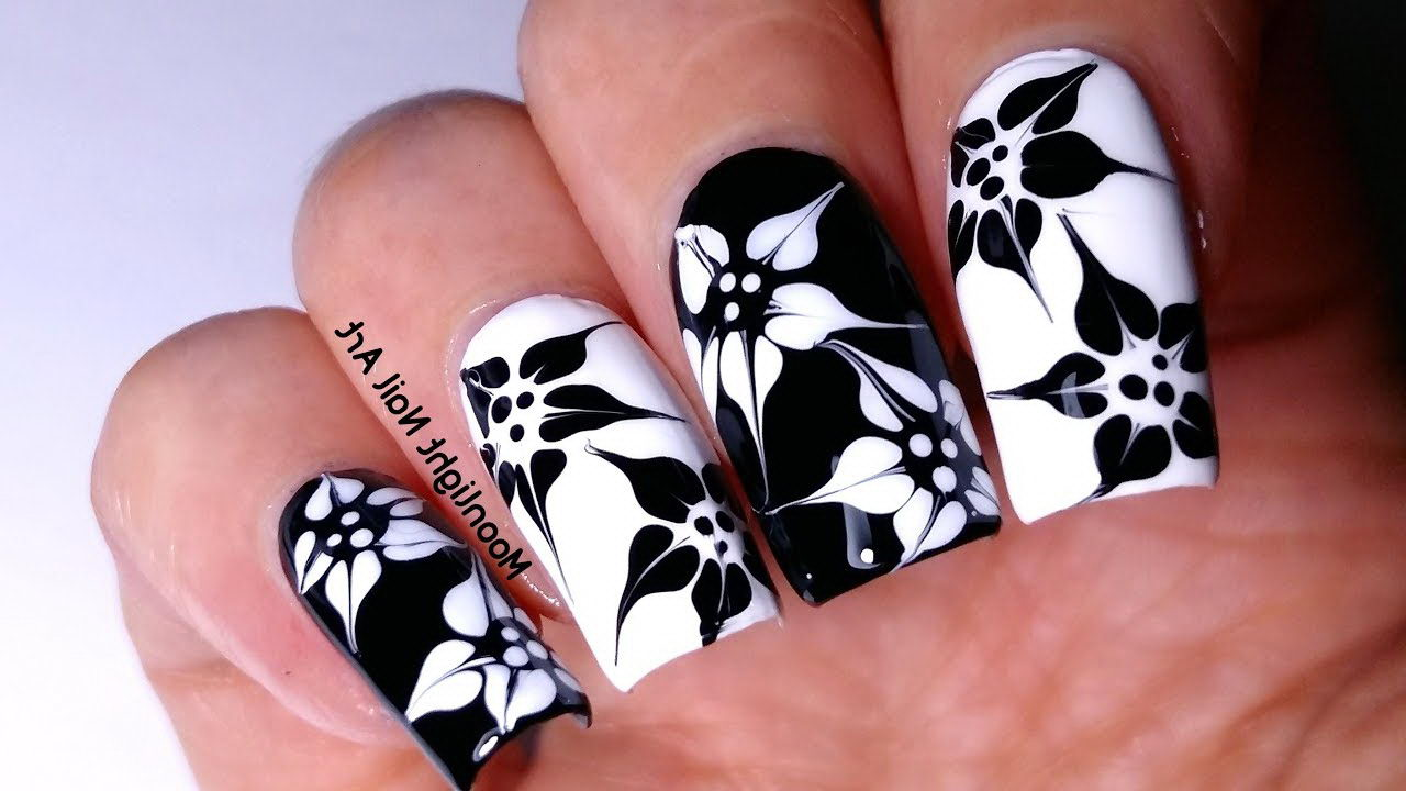 Floral Monochrome Nails