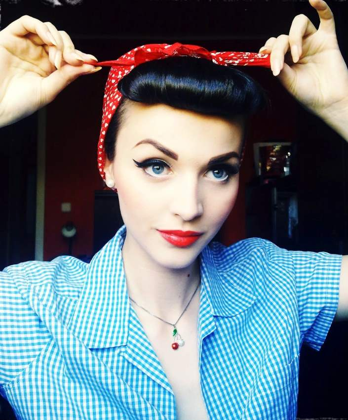 Rosie the Riveter Hairstyles