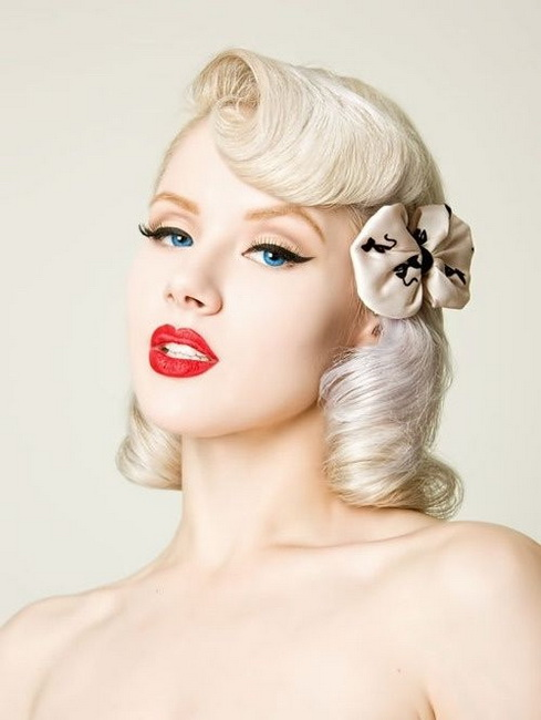 Vintage looks for blondes Vintage Hairstyles for all type of parties