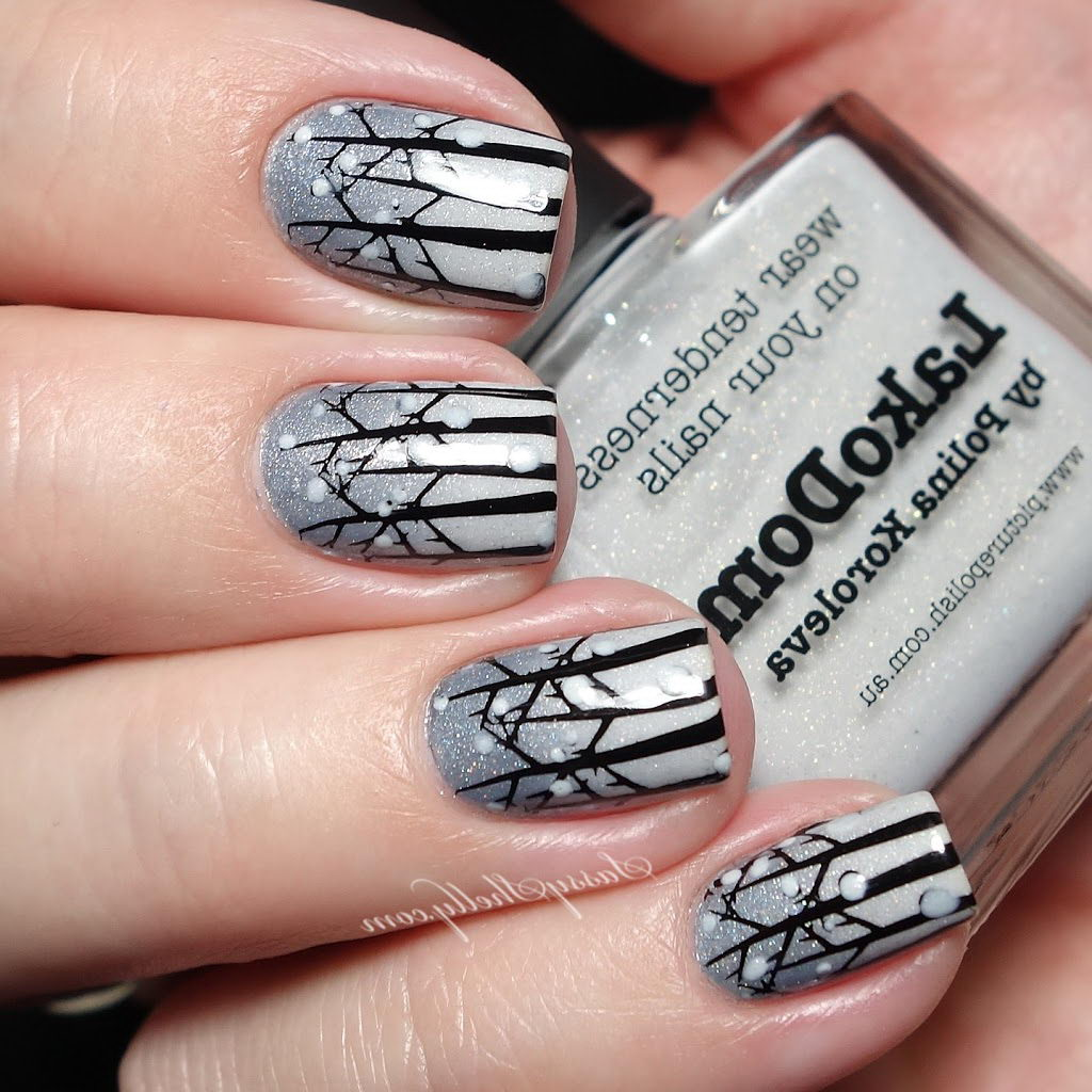 Wintertime nails