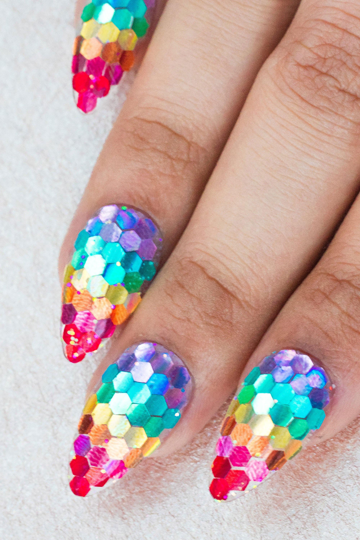 acrylic-nail-glitter-designs