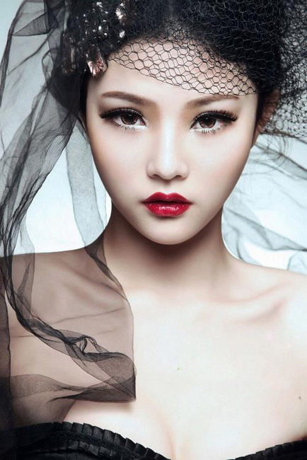asians with makeup 20 Asian Makeup Trends You Need To Try this year