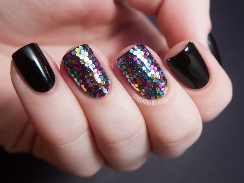 black and glitter nail designs