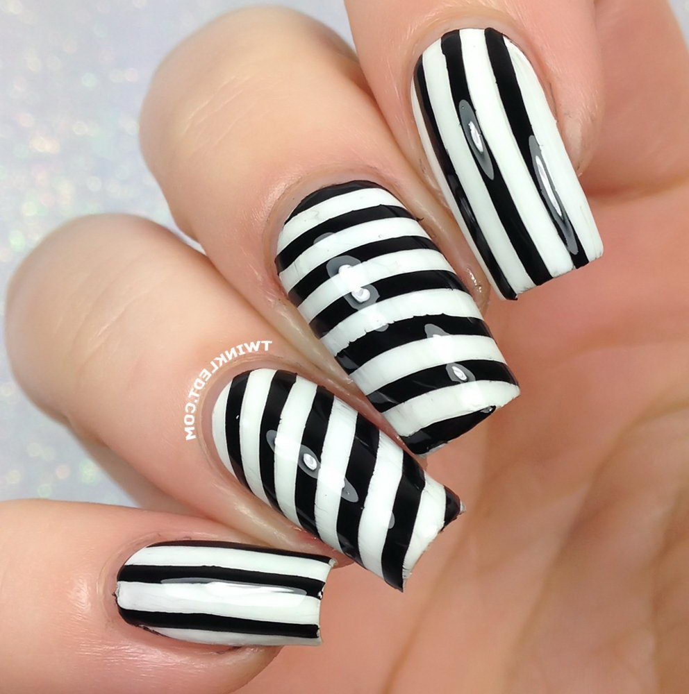 black and white nail designs with stripes