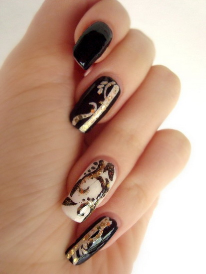 black nail art designs Top 10 Black Nail Designs
