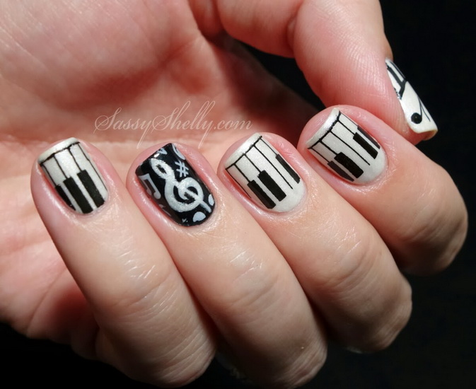 20 amazing black and white nail designs yve style black white nail design prinsesfo Choice Image