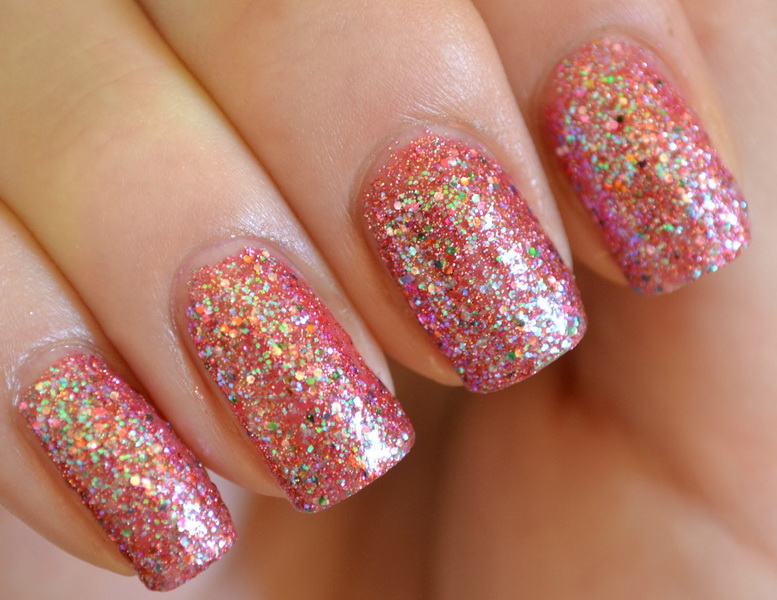 easy glitter nail designs Glitter nail designs for shiny hands