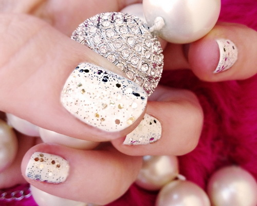 glitter fade nail designs Glitter nail designs for shiny hands