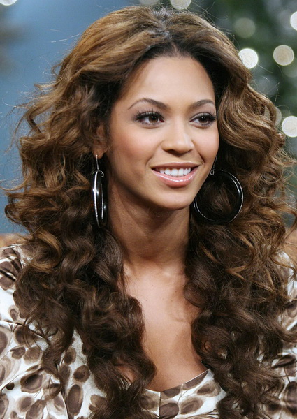 long curly hairstyles for women Long curly hairstyles 2015