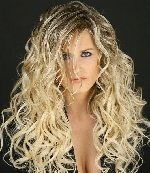 Elegant ... Long Curly Layered Hairstyles ...