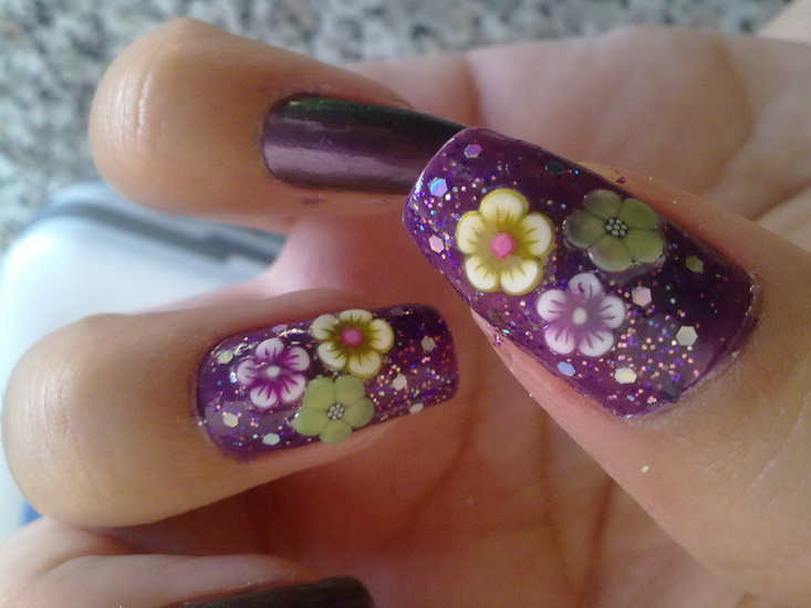 nails with flowers designs Beautiful pictures with Flower nail designs