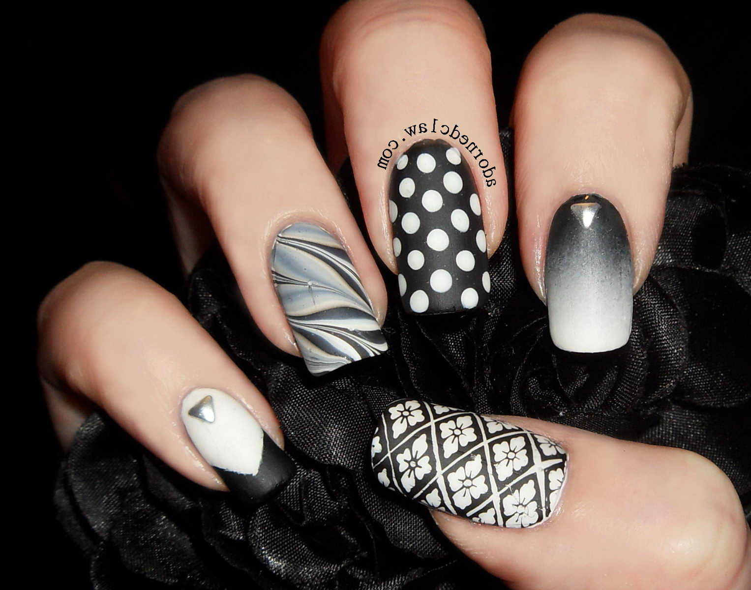 nails with mix of forms and shapes
