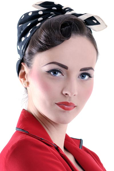 pin up hairstyles with bandana 15 Pin up hairstyles easy to make