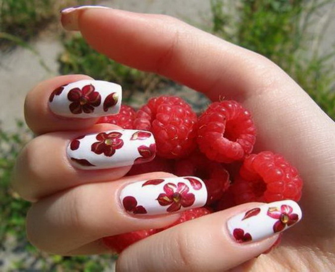 red Flower nail designs
