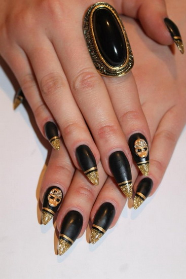 Black And Gold Stiletto Nails