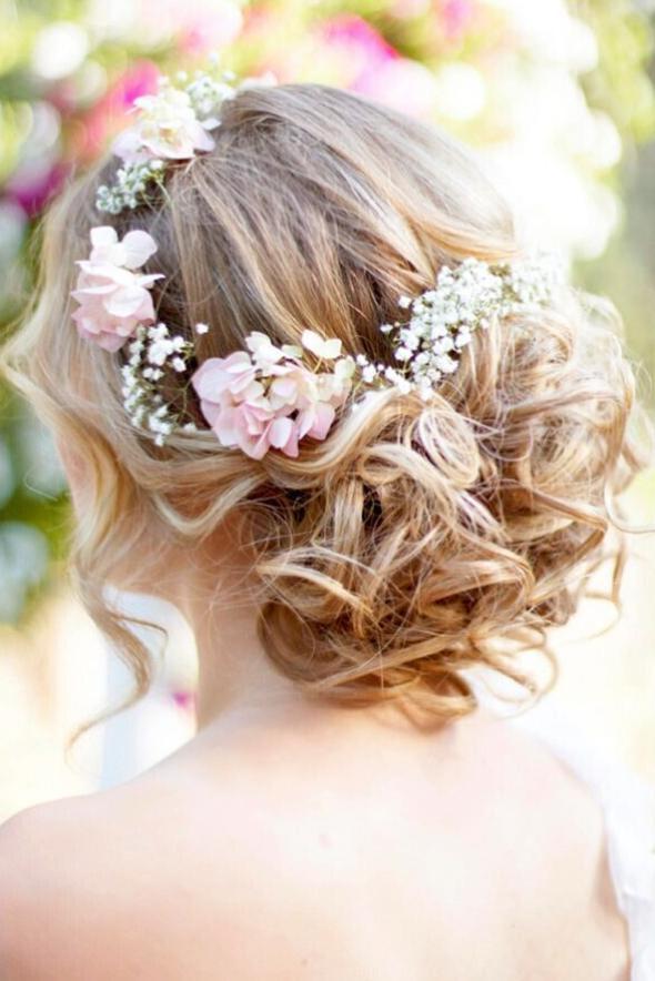 wedding hairstyle bridesmaid