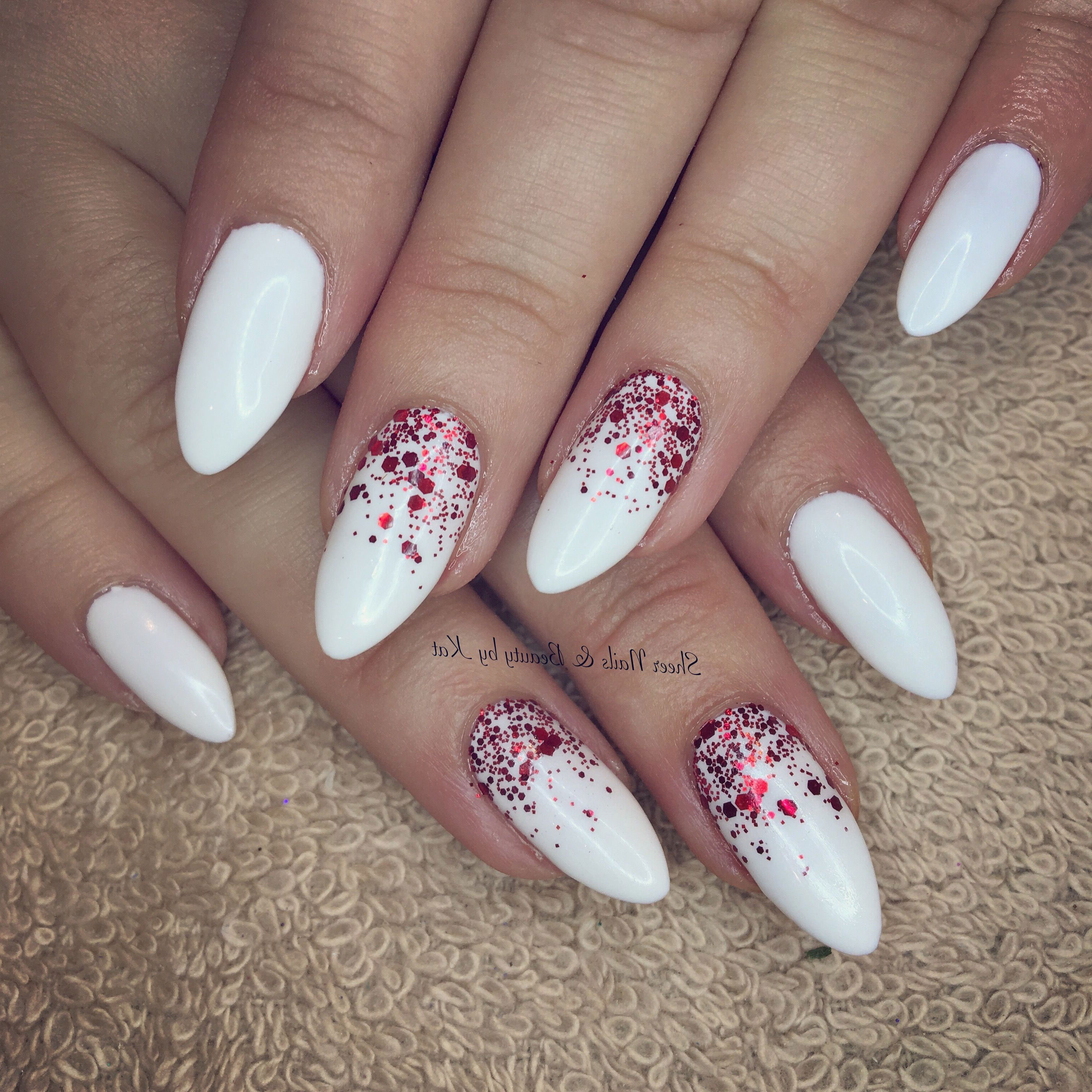 50 Glitter Nail Designs for Shiny Hands , Yve,Style.com