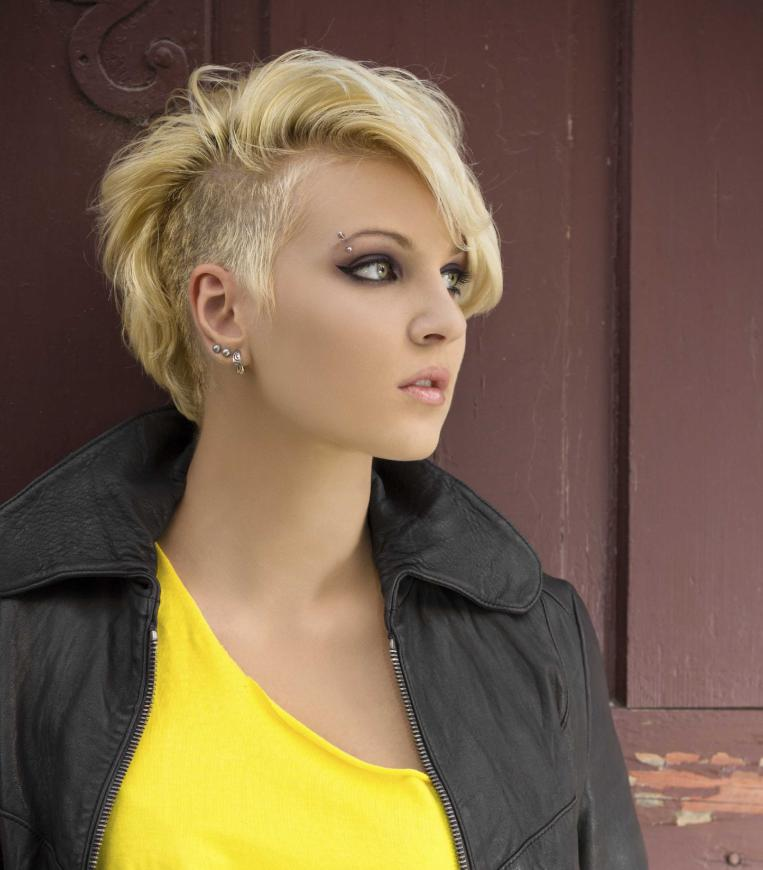 mohawk hairstyles with shaved sides