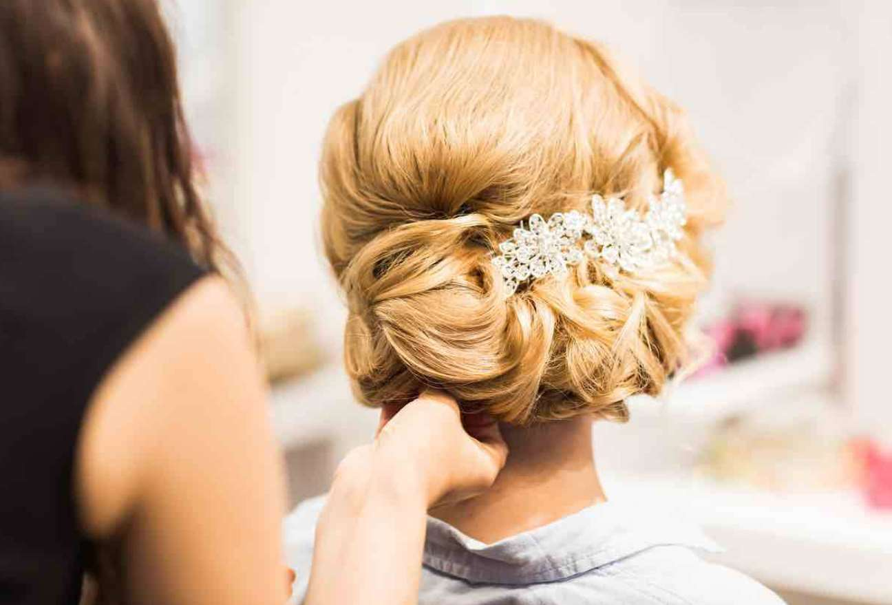 flower girl hairstyles updos
