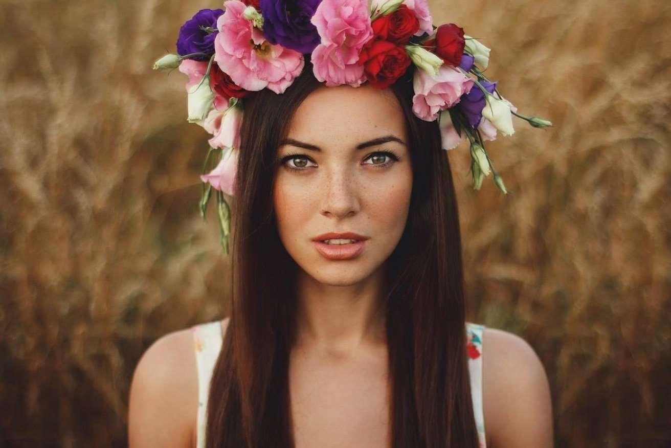 flower girl simple hairstyles