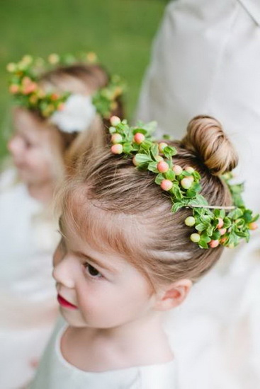 hairstyles for flower girls 15 Adorable Flower girl hairstyles