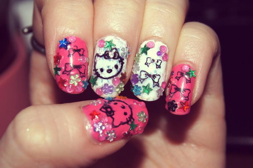 15 pretty hello kitty nail designs yve style prinsesfo Gallery