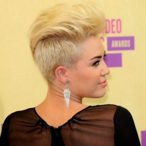 miley cyrus straight hairstyles