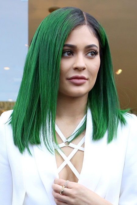 Kylie Jenner Straight cut green hair