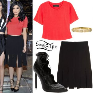 Kylie Jenner outfit
