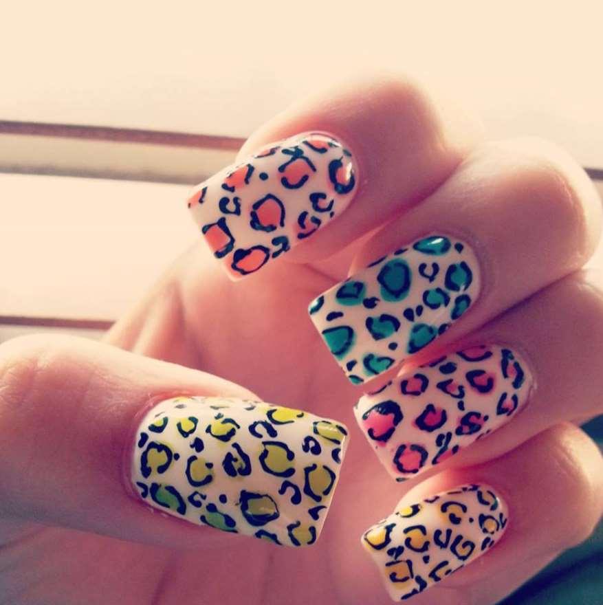 acrylic nail designs animal print
