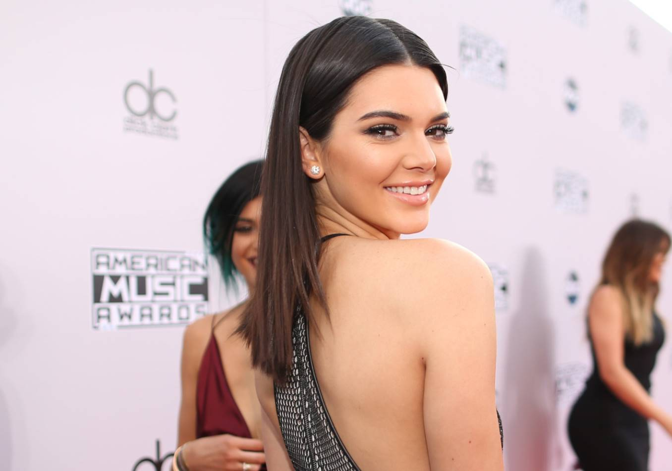 kendall jenner with long hair