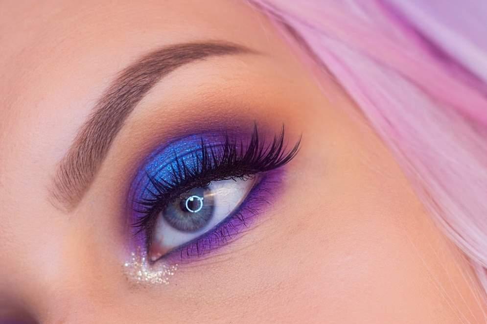 Purple Eye Shadow for Blue Eyes