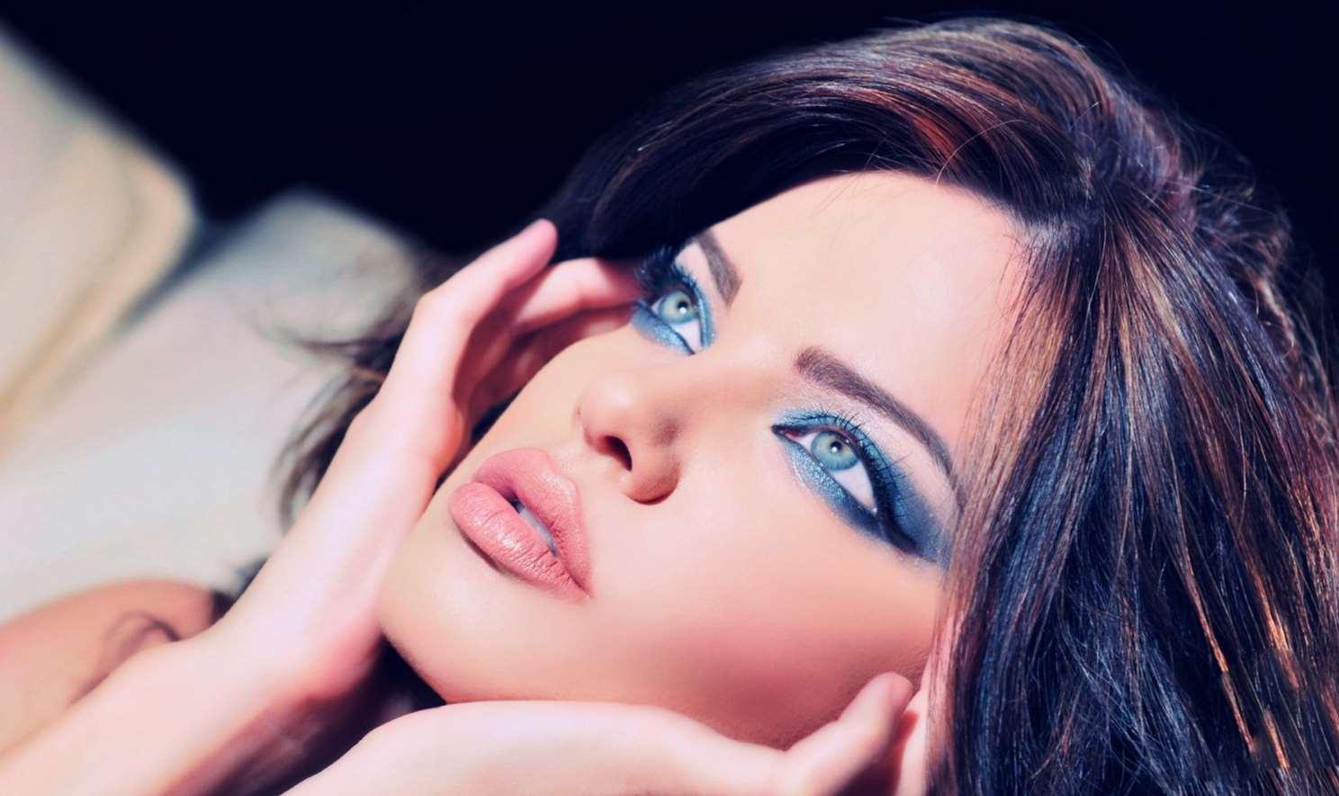 best eye makeup for blue eyes