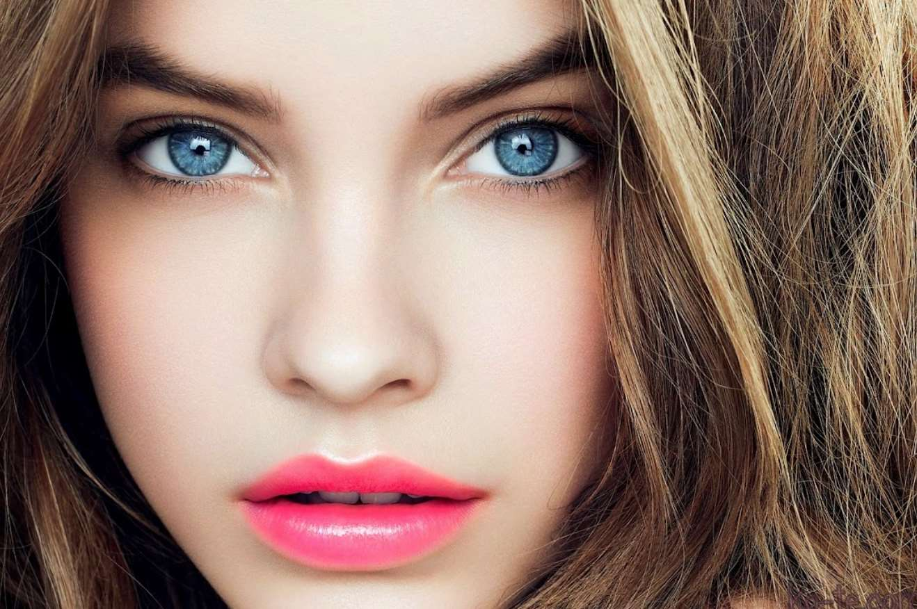 natural prom makeup for blue eyes