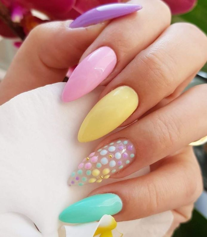 pastel nails for summer