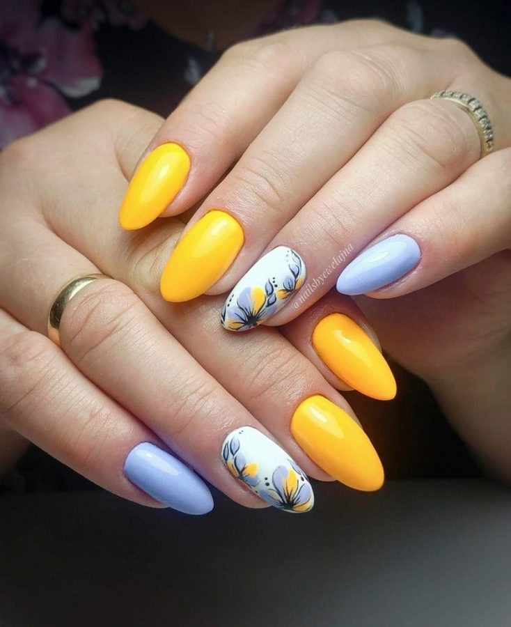 summer color nails